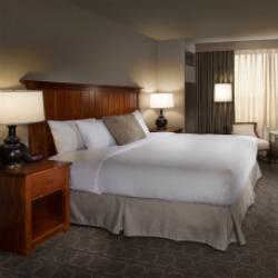 Oak Brook Guest Rooms